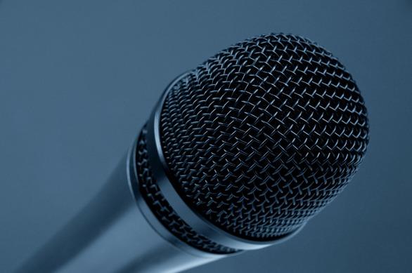 microphone-298587_1920